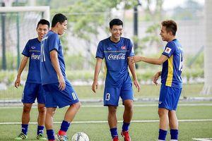 Olympic Việt Nam có đá 'chấp' cầu thủ trên 23 tuổi như Thái Lan?