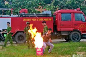 TX. Hoàng Mai: Tập huấn phòng cháy chữa cháy cho 130 chủ tàu, thuyền viên