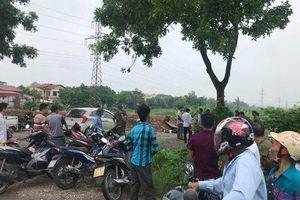 Hà Nội: Nam thanh niên tử vong bất thường bên cạnh xe máy