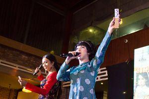 Gánh hát lô tô Hương Nam tái hiện lễ hộ Kỳ Yên tại Sài Gòn