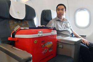 Vietnam Airlines hỗ trợ khẩn cấp vận chuyển mô, tạng cấy ghép