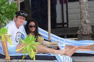 Trung vệ tuyển Anh Harry Maguire tận hưởng kỳ nghỉ bên bạn gái xinh đẹp