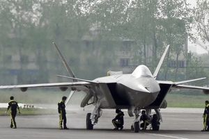 'Lên bàn cân' 2 máy bay chiến đấu hiện đại nhất của Mỹ và Trung Quốc: Rồng Đen hay Đại bàng?