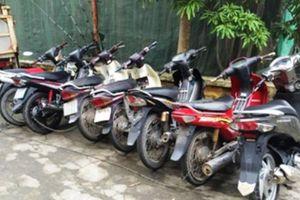 Bắt giữ hai đối tượng trộm cắp xe máy liên hoàn ở Hà Nội