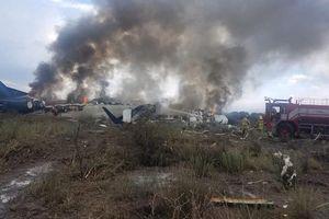 Tin thế giới 1/8: Hành khách đối diện tử thần khi máy bay đâm ở Mexico