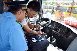 Đình chỉ 855 xe khách vi phạm thông qua thiết bị giám sát hành trình