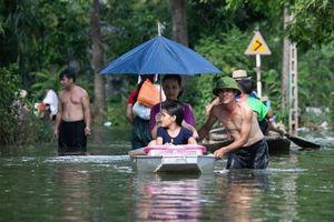 Hà Nội: Hơn 5.000 hộ dân Chương Mỹ phải sơ tán do ngập lụt