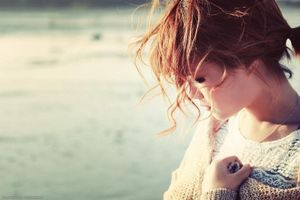 Nếu hết yêu em, xin anh hãy chia tay chứ đừng chọn cách phản bội