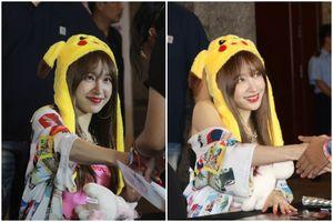 'Nữ hoàng fancam' Hani và nhóm EXID đội mũ tai thỏ ký tặng fan Việt