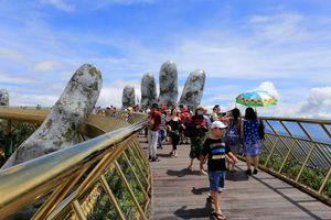 Cầu Vàng Đà Nẵng trên báo quốc tế