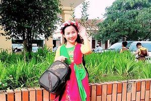 Xem clip: Cô bé 10 tuổi ở Nghệ An hát 7 thứ tiếng gây sốt cộng đồng mạng