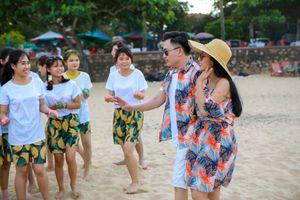 Đại Nghĩa, Ốc Thanh Vân bị khán giả ném bột màu ở Đồ Sơn