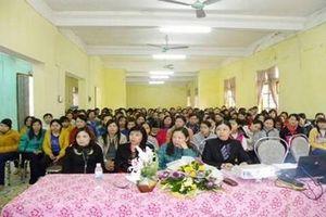 Đẩy mạnh truyền thông kiến thức chăm sóc sức khỏe sinh sản cho nữ công nhân