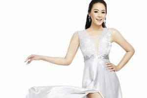 Á hậu Thái Lan Sararat trẻ trung bất ngờ ở tuổi U50