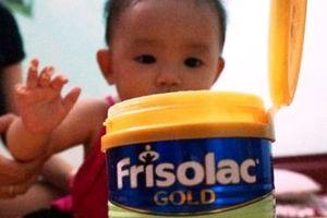 'Lần nào uống sữa Frisolac Gold, con tôi cũng bị nổi mẩn đỏ khắp người'