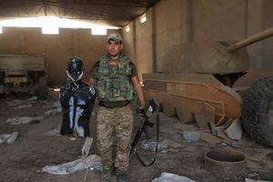 Vũ khí nghi binh lạ thường của IS