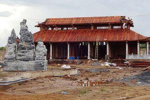 Những nghệ sĩ Việt bị 'tuýt còi' vì xây nhà triệu đô trái phép