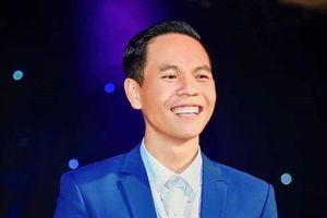 'Thánh giả giọng' Nguyễn Việt Hồ bắt tay cùng Việt Hoàn làm show