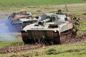 Ngạc nhiên dàn vũ khí tập trận chống khủng bố Nga-Tajikistan
