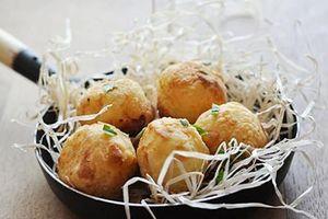 Khoai tây chiên nhồi xúc xích béo ngậy thơm lừng