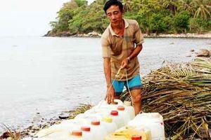Nắng nóng, nhiều nơi ở miền Trung và ĐBSCL thiếu nước ngọt