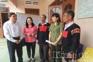 Ứng cử viên đại biểu Quốc hội tiếp xúc cử tri tại huyện Krông Ana