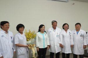 Bộ Y tế truy tặng Kỷ niệm chương 'Vì sức khỏe nhân dân' cho gia đình người hiến mô - tạng trong ca ghép tạng xuyên Việt lần 2