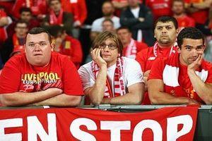Khuôn mặt 'bần thần' của CĐV Liverpool sau trận CK Europa League