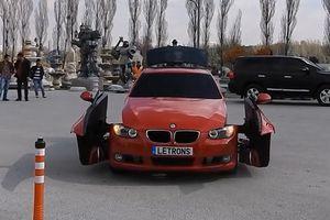 Xem xe biến thành người máy Transformer như trong phim