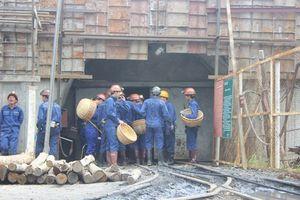 Nổ mìn khai thác than, 14 công nhân bị thương: Dừng họp ngay Ban thường vụ