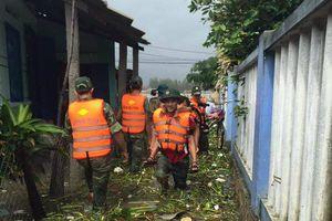 Phú Yên khẩn trương bảo vệ dân trong mưa lũ
