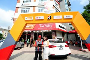 Bridgestone Việt Nam đồng hành cùng tài xế Việt lăn bánh an toàn