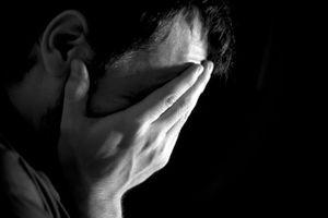 Tâm sự chát đắng của người đồng tính nhiễm HIV sau cuộc tình một đêm