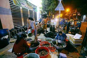 Chợ 'độc' ở Sài Gòn, gần nửa thế kỷ chỉ bán một mặt hàng