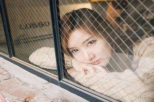 'Đứng hình' trước nhan sắc hot girl Lào xinh điên đảo