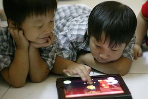 'Mê' iPad, trẻ em liệu có thông minh hơn?