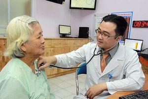 'Sướng rơn' ở phòng khám bác sĩ gia đình mới cáu
