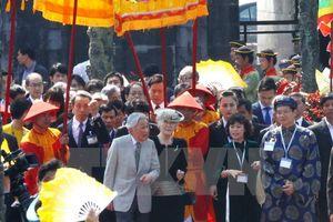 Nhật hoàng và Hoàng hậu kết thúc tốt đẹp chuyến thăm Việt Nam