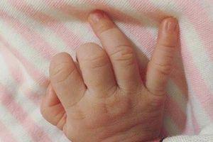 Vợ ca sĩ Lam Trường đã sinh con gái tại Mỹ