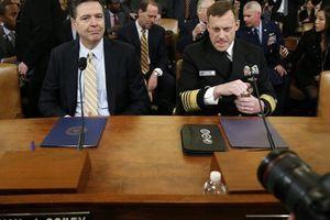Giám đốc FBI 'công khai thách thức' ông Trump