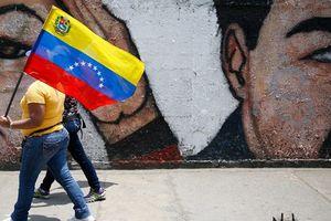 Venezuela chỉ còn 3 tỉ USD tiền mặt