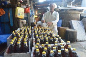 Giữ nghề làm nước mắm gia truyền ở Mỹ Quang