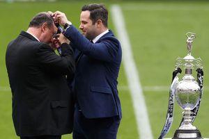 Thầy trò Benitez vô địch Championship sau cuộc đua nghẹt thở