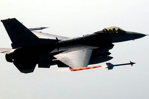 Việt Nam nên mua MiG-35 thay vì F-16, tại sao?