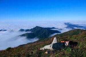 Hành trình 'săn mây' chinh phục đỉnh Chiêu Lầu Thi