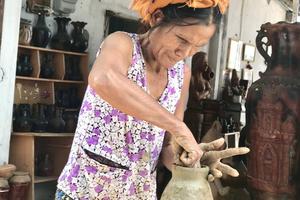 Di sản gốm Bàu Trúc ra thế giới