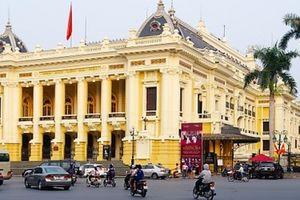Nhà hát Lớn mở cửa đón khách tham quan, giá vé 400.000 đồng/lượt