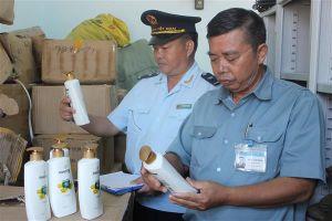 Quảng Ninh: Hơn 5.000 sản phẩm nhập lậu, kém chất lượng bị tiêu hủy