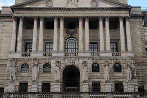 BoE hướng tới đợt tăng lãi suất đầu tiên