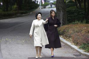 Phu nhân Tổng thống Mỹ Melania Trump lịch lãm và thân thiện ở Hàn Quốc